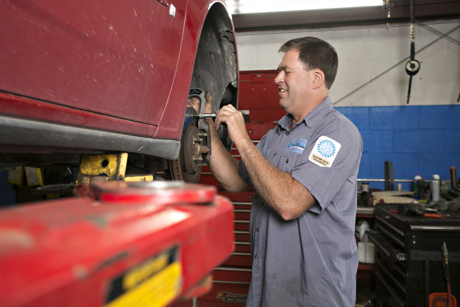 Fleet Repair Technician | Pickering's Auto Service